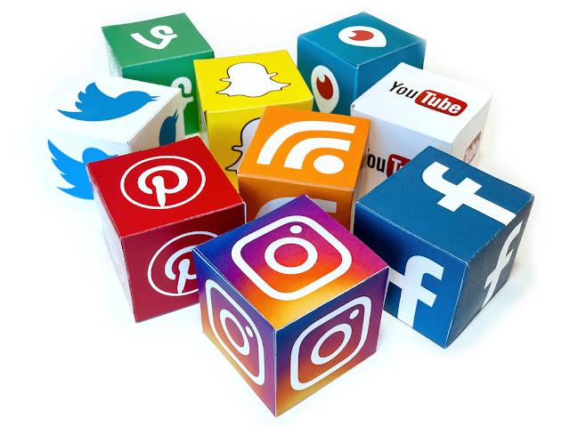 نجوم مواقع التواصل الاجتماعي العرب  التواصل الاجتماعي