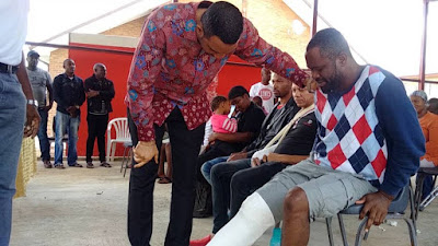 Xenophobia: Dr. Chris Okafor visits Nigerian victims in South Africa, donates thousands of Dollars (Photos)