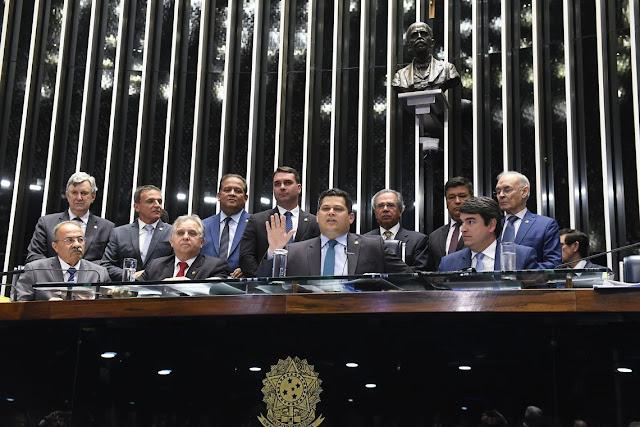 Senado aprova em segundo turbo o texto-base da reforma da Previdência