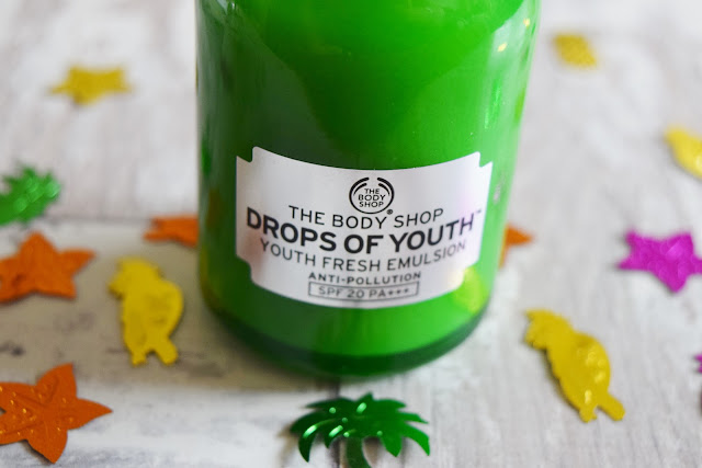 The Body Shop Drops of Youth Youth Fresh Emulsion bottle