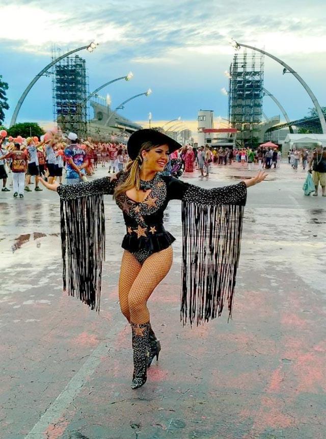 Tânia Oliveira revelou que desfilou no carnaval passado com câncer de tireóide. Foto: Renato Cipriano