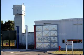 Prison de Bourg-en-Bresse : quarante détenus refusent de rentrer en cellule en réclamant… de la viande fraîche