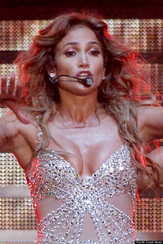 Jennifer Lopez Wardrobe Malfunction Singer Suffers Nip Slip Onstage In Italy