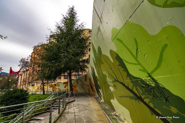 Mural calle Tiboli por Eva Mena - Bilbao, por El Guisante Verde Project