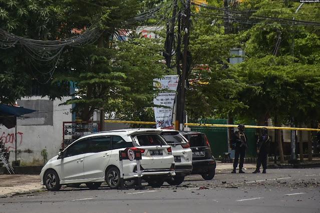 Ledakan yang Diduga Bom Guncang Gereja di Makassar