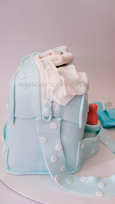 tarta bolso bebe fondant sin gluten biberon pañales