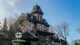how to see disneyland paris in one day- phantom manor ride