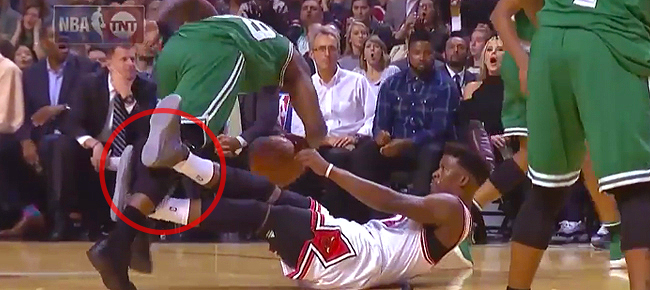 Jimmy Butler intentionally trips Jae Crowder (VIDEO)
