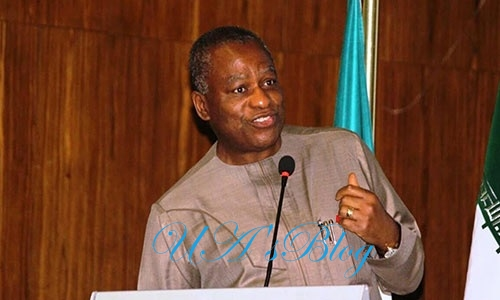 FG threatens action against Ghana over treatment of Nigerian traders