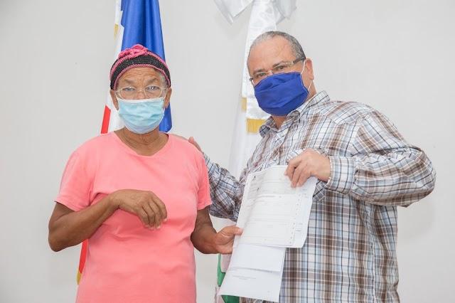 Consorcio Azucarero Central paga más de RD$9.9 millones a parceleros de Proyecto Angostura