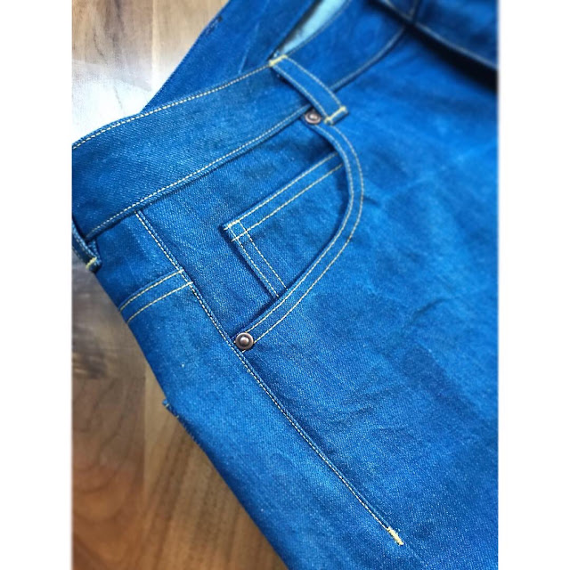 Diary of a Chain Stitcher: Megan Nielsen Dawn Jeans Shorts in Denim from Fabric Godmother
