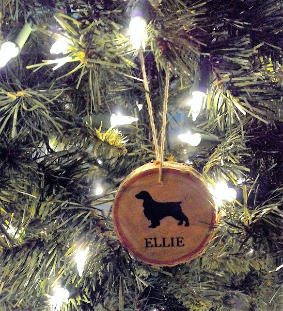 DIY English Springer Spaniel Wooden Ornament - linaandvi.blogspot.com