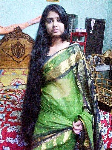 Bindu And Sindhu Both Are Sisters Bindu Is Elder Than Sindhu  Years Bindu Got Married  Years Back Before Her Marriage She Had A Gorgeous Long Hair But