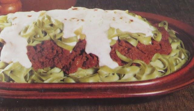 Pasta med köttfärs- och ostsås
