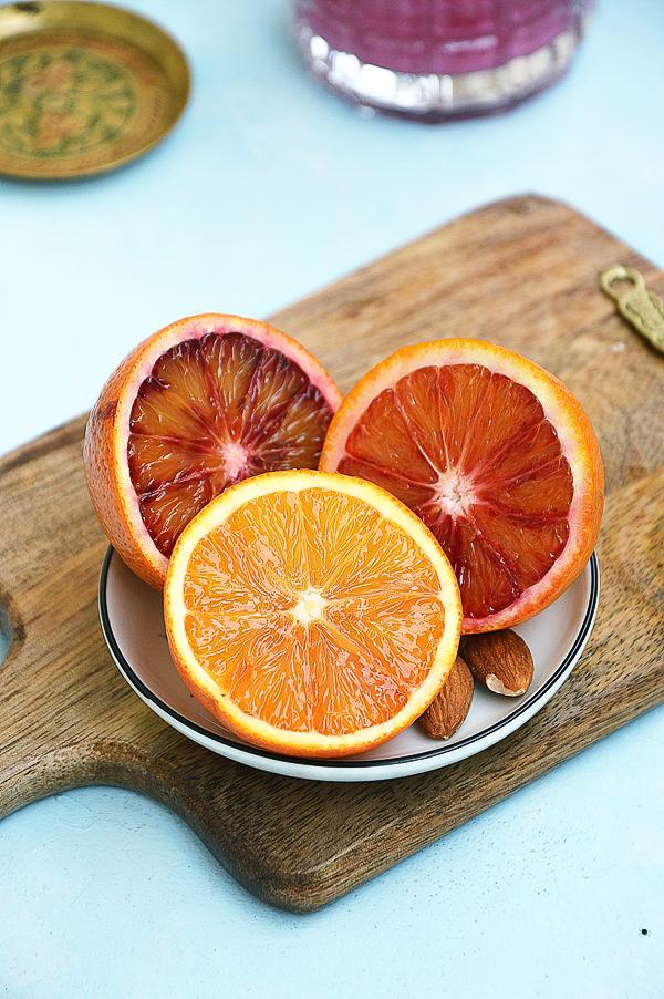 Koktajl bananowy z pomarańczą i burakiem