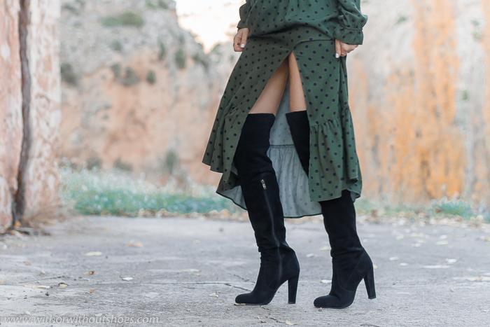Adicta a los zapatos botas altas XL por encima de la rodilla con tacon de ante negras Zara