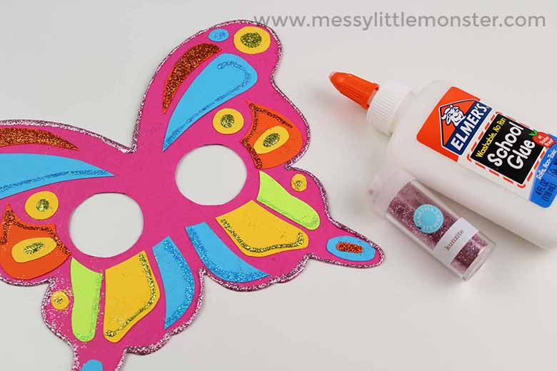 Butterfly Mask Craft for preschoolers with Free Printable Butterfly Template
