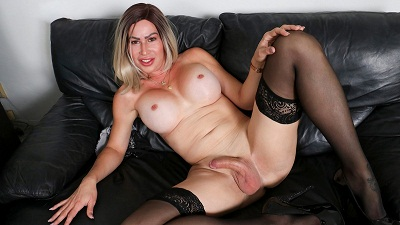 Groobygirls – Cumshot Monday: Dina Big Cumshot!