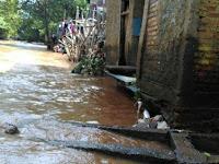 Lapor Banjir Lewat Qlue, Ketua RT: Sampai Surut Belum Ada Tanggapan