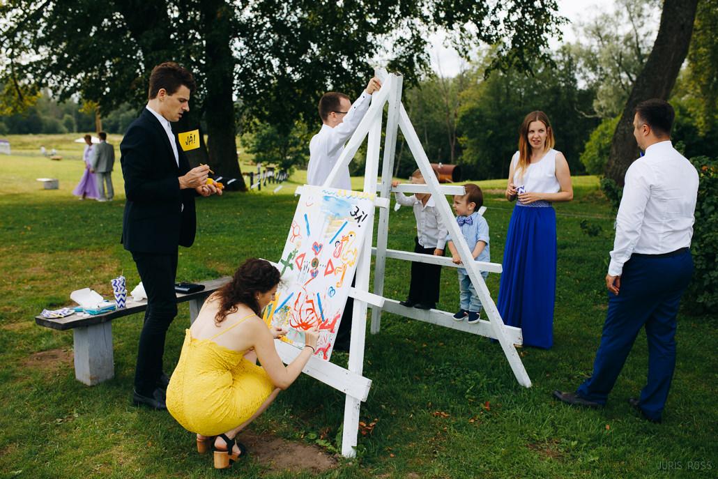 noderīgas idejas, kā izklaidēt viesus kāzu dienā