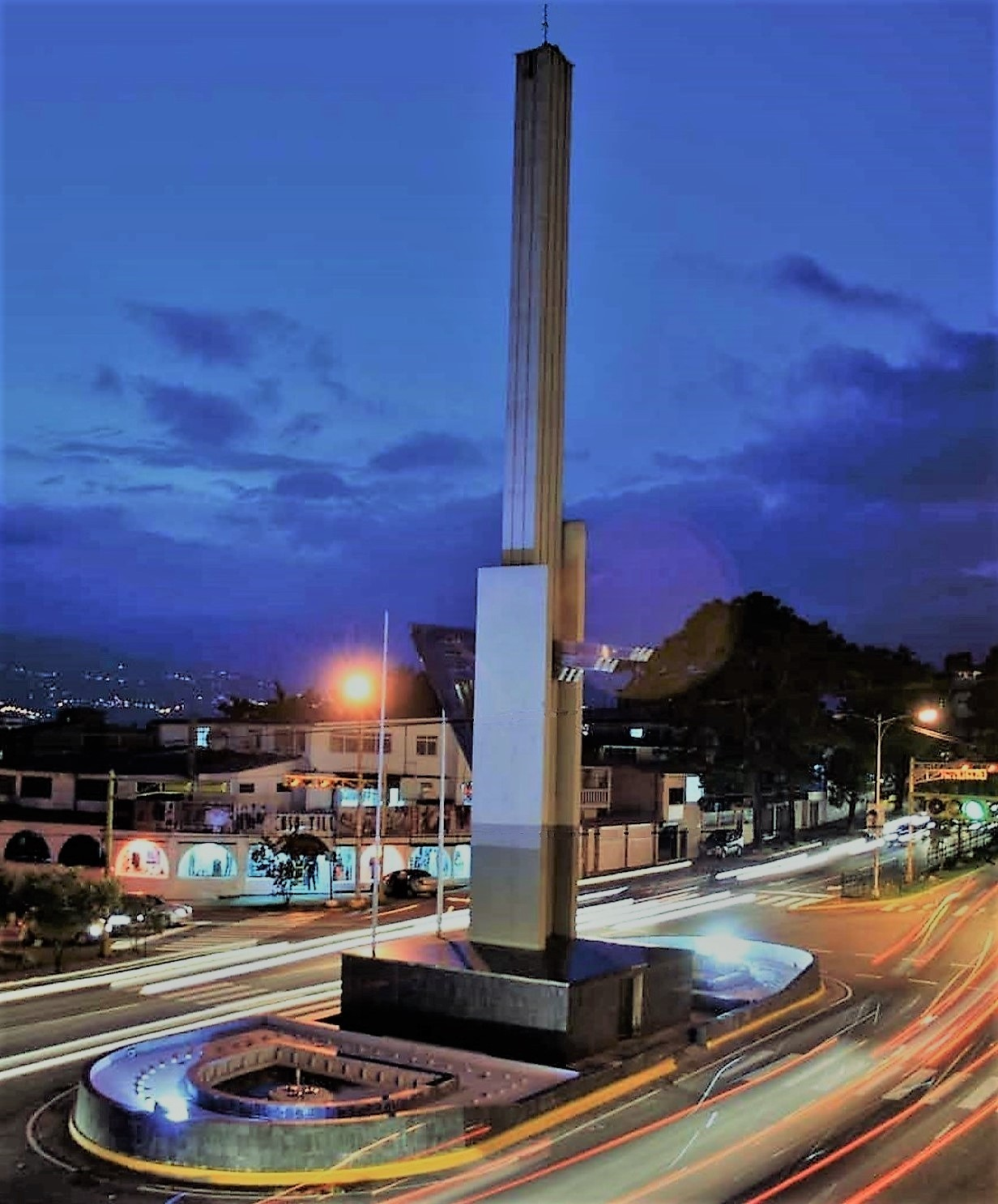 cheap for discount c1370 d4eeb  El Obelisco de los Italianos  (Spanish for  The Italians Obelisk ) in San  Cristóbal City is an iconic architecture with a mixture of classical and  modern ...