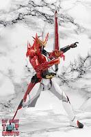 S.H. Figuarts Kamen Rider Saber Brave Dragon 18