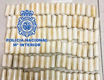 Cocaína en el equipaje de su hijo pequeño, Tenerife