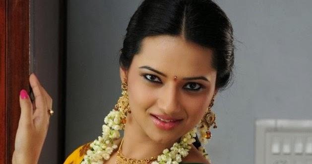 Indian Actress Gallery : Isha Chawla Hot Cute Navel