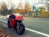 Ducati 916 Fall Ride Quebec