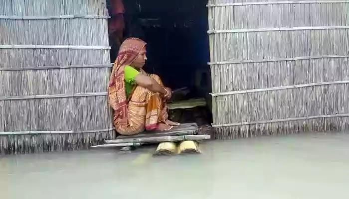 গাইবান্ধায় সার্বিবক বন্যা পরিস্থিতি অপরিবর্তিত ব্যাপক নদী ভাঙন