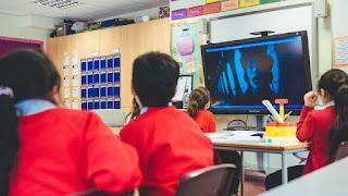 عريضة تطالب أمزازي بإدماج السينما في المقررات الدراسية