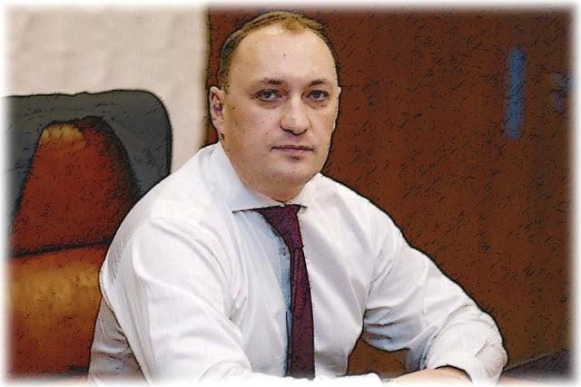 ДЕНИС КИРЕЕВ, УВОЛЕННЫЙ ЗА ФИНАНСОВЫЕ МАХИНАЦИИ, ПРЕТЕНДУЕТ НА ДОЛЖНОСТЬ