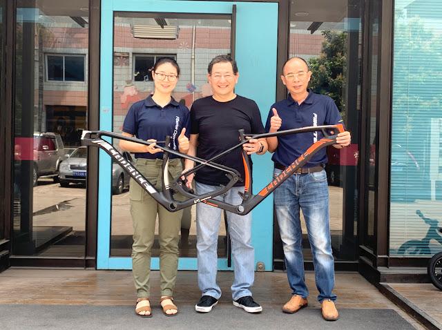 Luiz Kuhlmann desenvolvendo protótipos da Cadence Bike