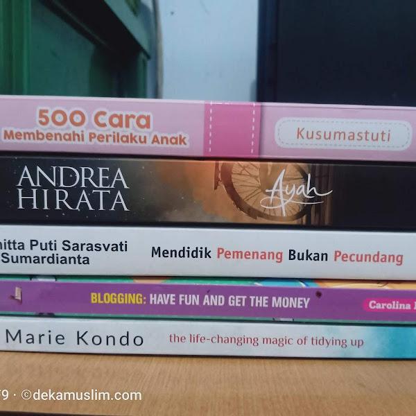 Cara Memaksakan Baca Buku untuk Orang-orang yang Banyak Alasan