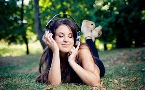 Inilah Mamfaat Mendengarkan Musik
