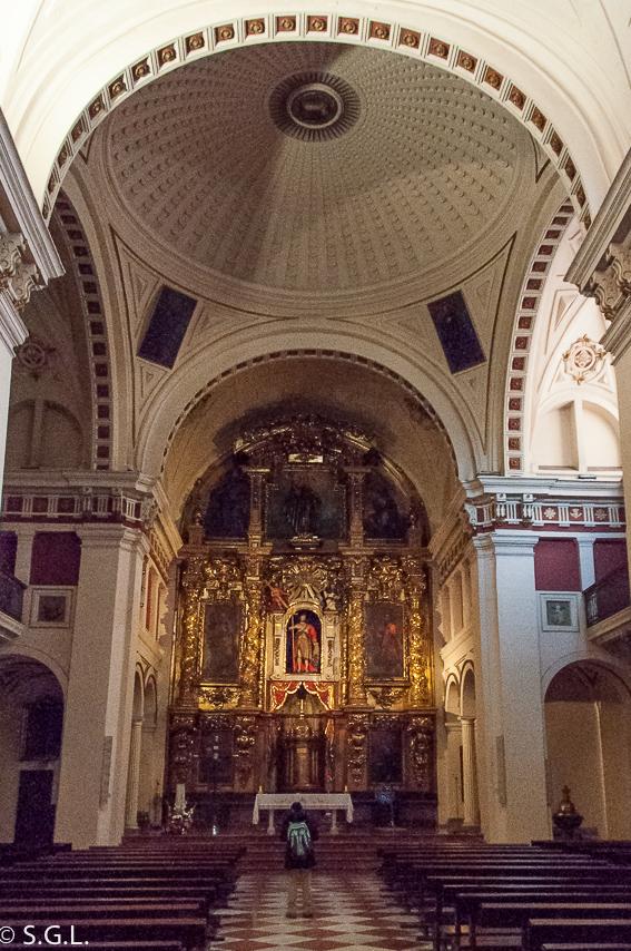 Interior de la iglesia de los Santos Juanes. Bilbao