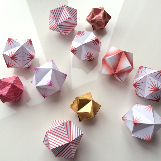 Modular origami – Polypompholyx   610x610