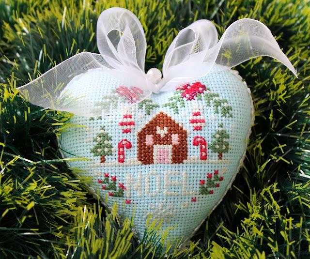 сердечко, пряничный домик, крестиком