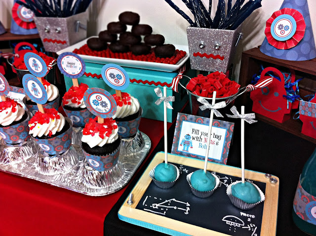 fun food for a robot party, robot cupcakes, cake pops