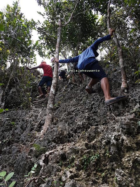 Pegal setelah mendaki Puncak Wayag Raja Ampat koyo jadi andalan