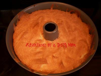 Angel Food Cake With Berries Adventures Of A Diy Mom