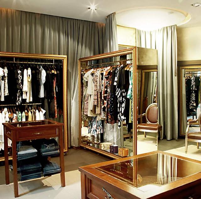 Thiết kế shop thời trang nhỏ đẹp - Mẫu số 3