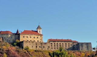 Мукачево. Закарпатська обл. Замок Паланок. Історичний музей