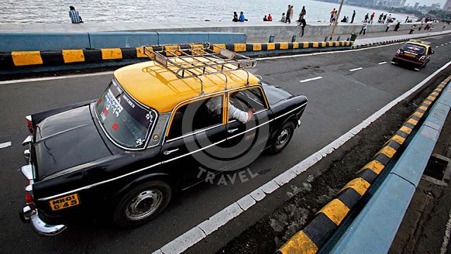 India: Mumbai by taxi