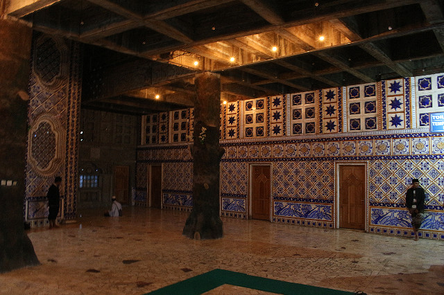 suasana masjid tiban turen