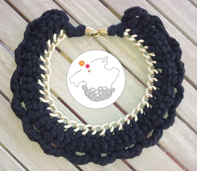Collar trapillo crochet