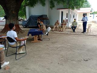 पुलिस लाइन उरई में प्रशिक्षण प्राप्त कर रहे रिक्रूट आरक्षियों को दिशा निर्देश - अपर पुलिस अधीक्षक जालौन                                                                                                                                                                           संवाददाता, Journalist Anil Prabhakar.                                                                                               www.upviral24.in