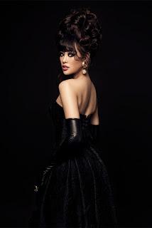 Hoa hậu Khánh Vân biến hóa phong cách