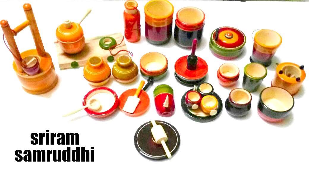 Children kitchen set lakka for Kitchen set items