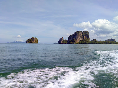 Private taxi transport to Trang